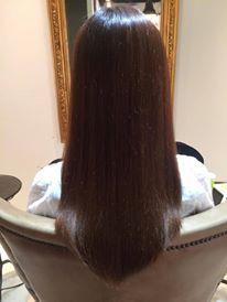 毛先がピンピンしない自然な仕上がりになる縮毛矯正のポイントは?